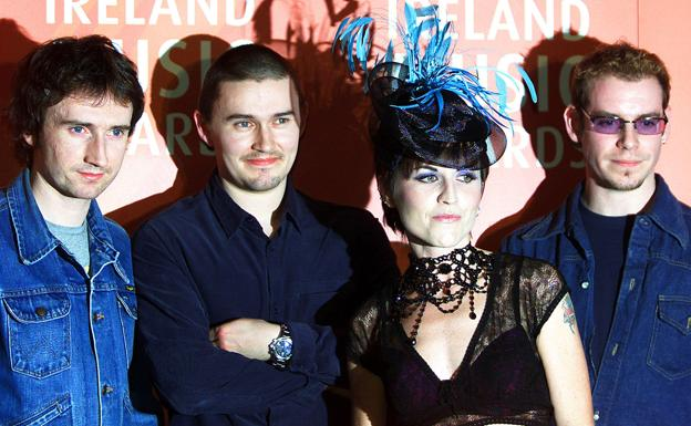 Noel Hogan, Mike Hogan, la fallecida Dolores O'Riordan y Fergal Lawler, miembros de la banda irlandesa The Cranberries./Paul McErlane (Reuters)