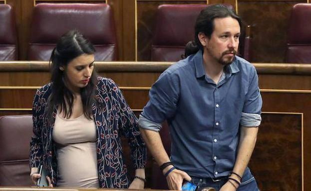 Los mellizos de Irene Montero y Pablo Iglesias permanecen en