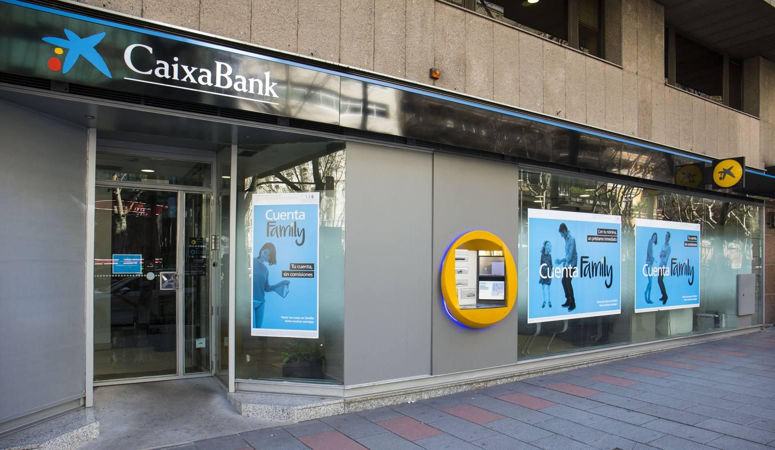 CaixaBank reducirá 20 personas su plantilla en Cantabria y
