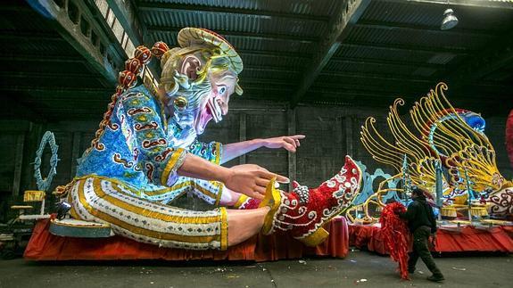 Carrozas De Reyes Magos Fotos.Sigue La Pista A Los Reyes Magos El Diario Montanes